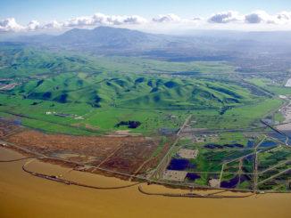 Desembocadura del río San Joaquín en la Llanura Central de California