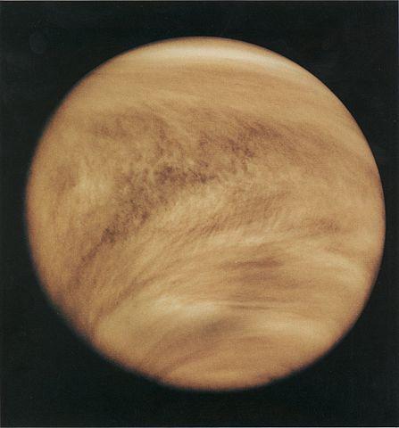 Nubes de Venus con luz ultravioleta (Pioneer 12)