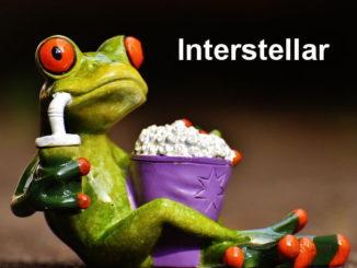 Rana viendo Interstellar